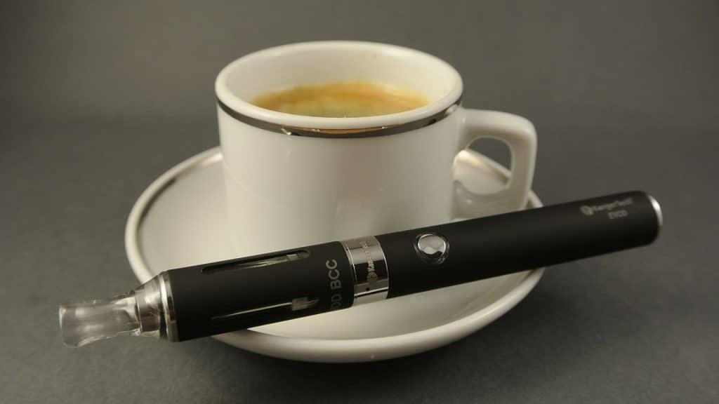 La cigarette électronique pour vapoter du CBD