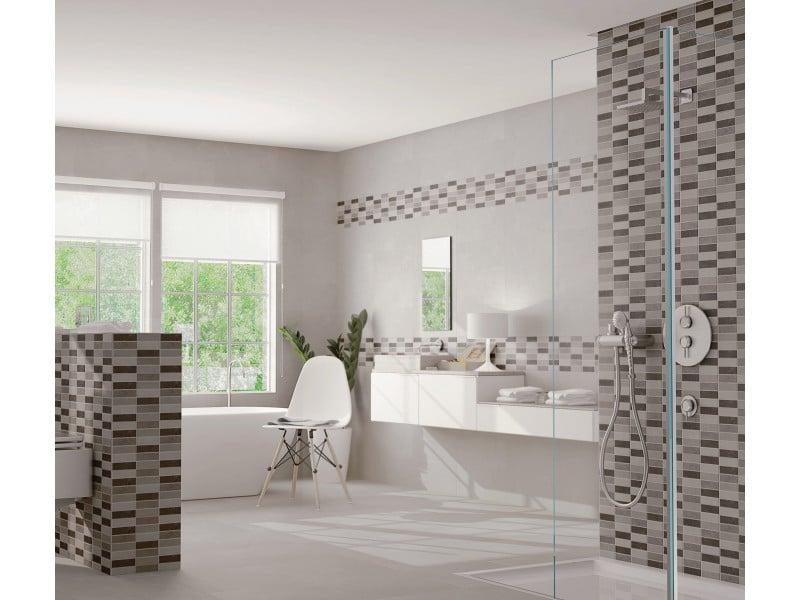 Vous voulez refaire la déco de votre salle de bain? Alors pourquoi ne pas vous laisser tenter par le carrelage?