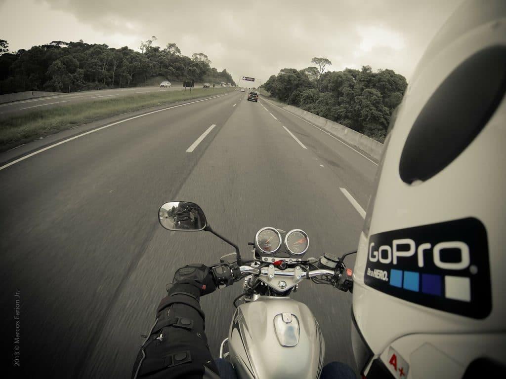 casque moto go pro