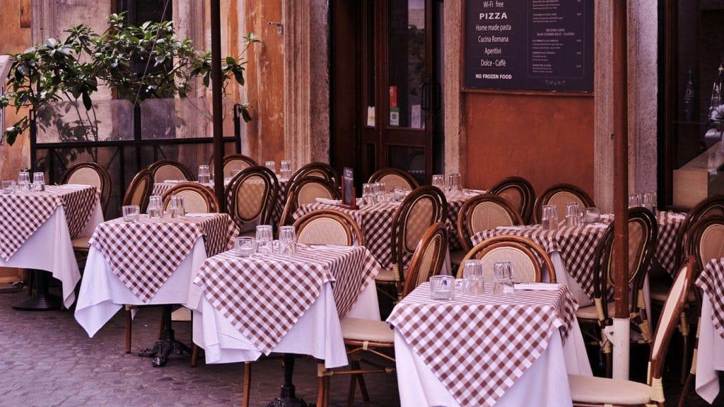 Un restaurant italien vous régale de l'entrée au dessert