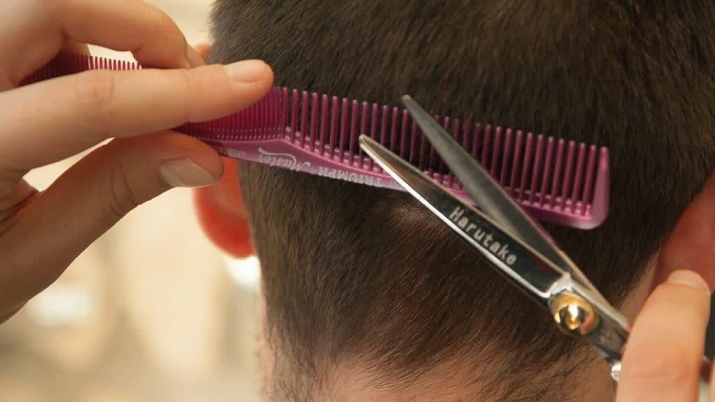 Pourquoi faire appel à un expert-comptable pour votre salon de coiffure ?
