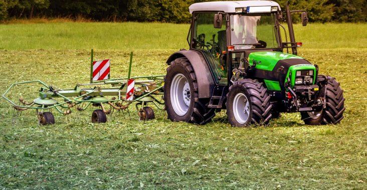 tracteur nettoyage agricole