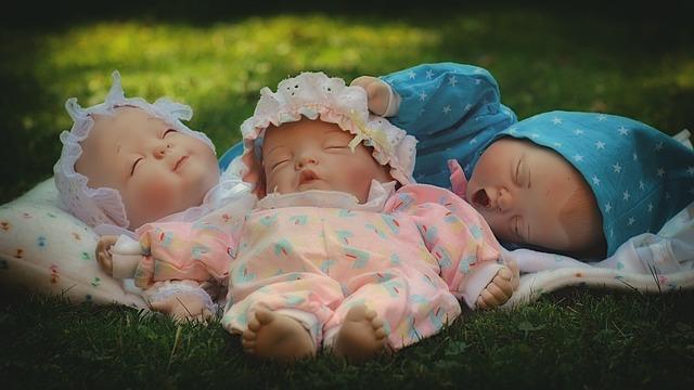 poussette 3 bebes